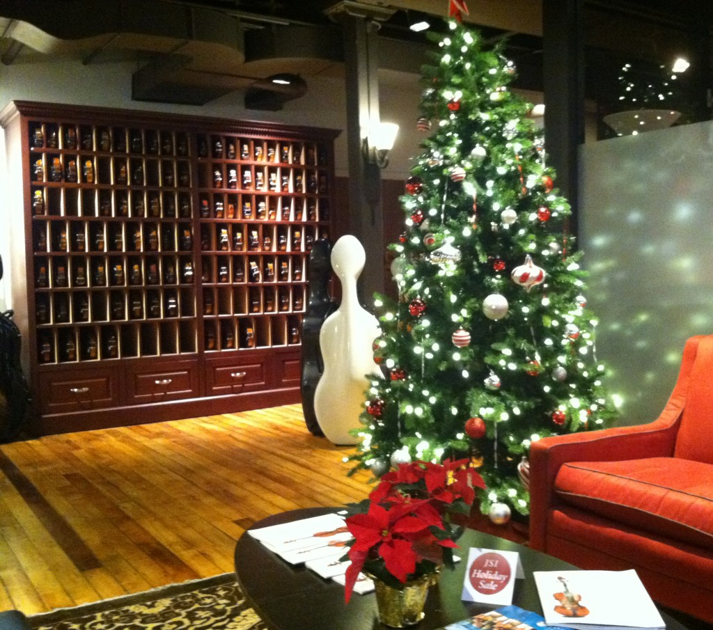 chv-christmas-tree-2014